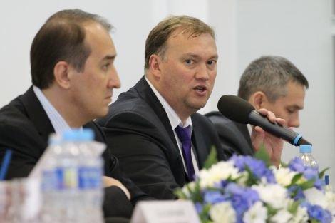 Руководитель Департамента по физической культуре и спорту ХМАО Евгений Редькин прокомментировал назначение Павла Езовских